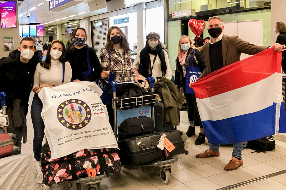 Welcoming nurses at the airport - EMTG